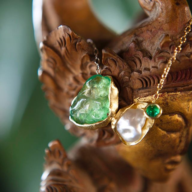Colombian emeralds meet pearl at Amandari, Bali.